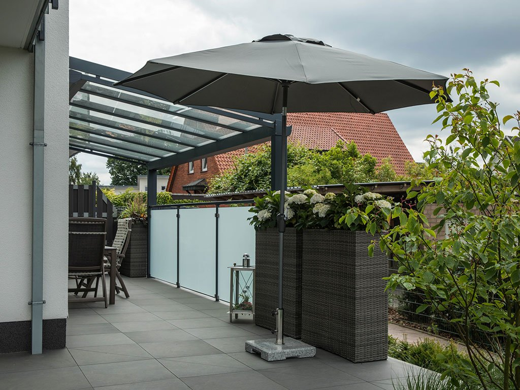 Moderner Garten Mehrfamilienhaus Laggenbeck Terrasse