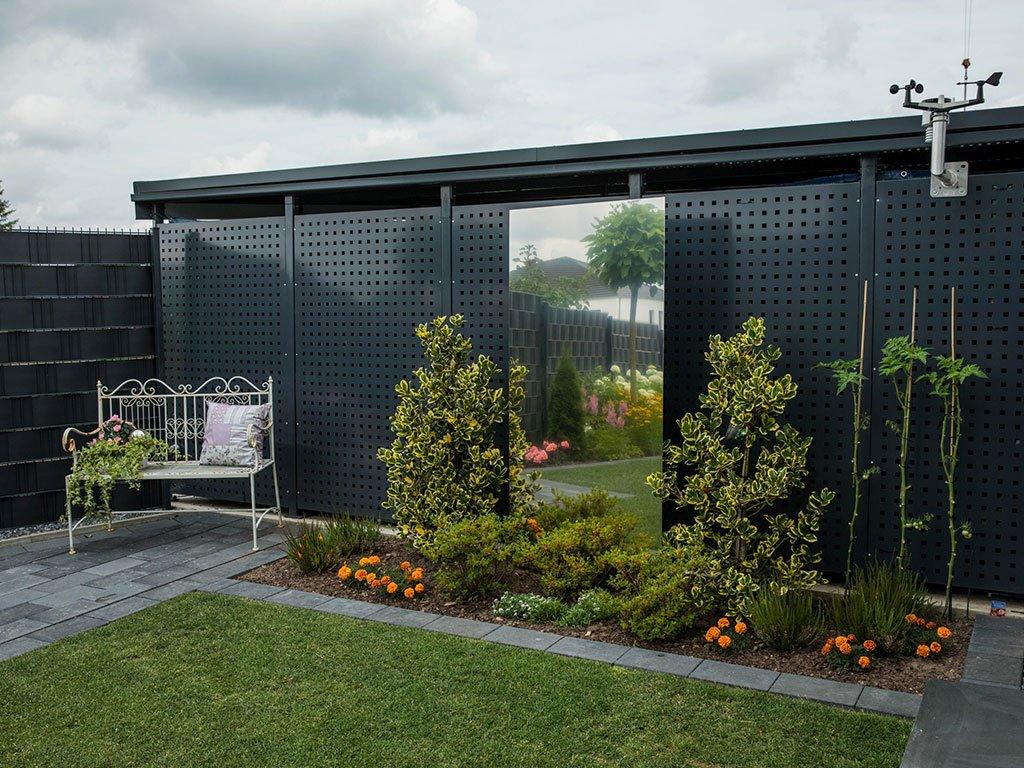 Moderner Garten Mehrfamilienhaus Laggenbeck Spiegel im Beet