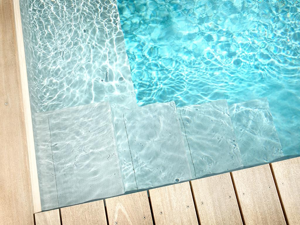Wasser im Garten - Mini Pool, kleiner Pool