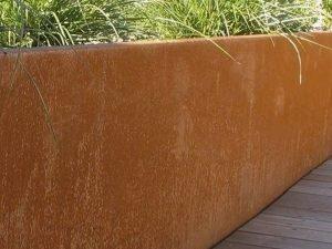 Foto: Garten Sichtschutz Metall Sichtschutzzaun aus Stahl im Garten Osnabrück Ibbenbüren Bramsche Lotte Westerkappeln, hier Sichtschutz aus Metall in Kombination mit Beton