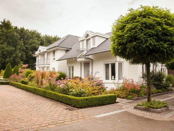Vorgarten Ibbenbüren mit Gräsern und schön bepflanzt Vorgartengestaltung