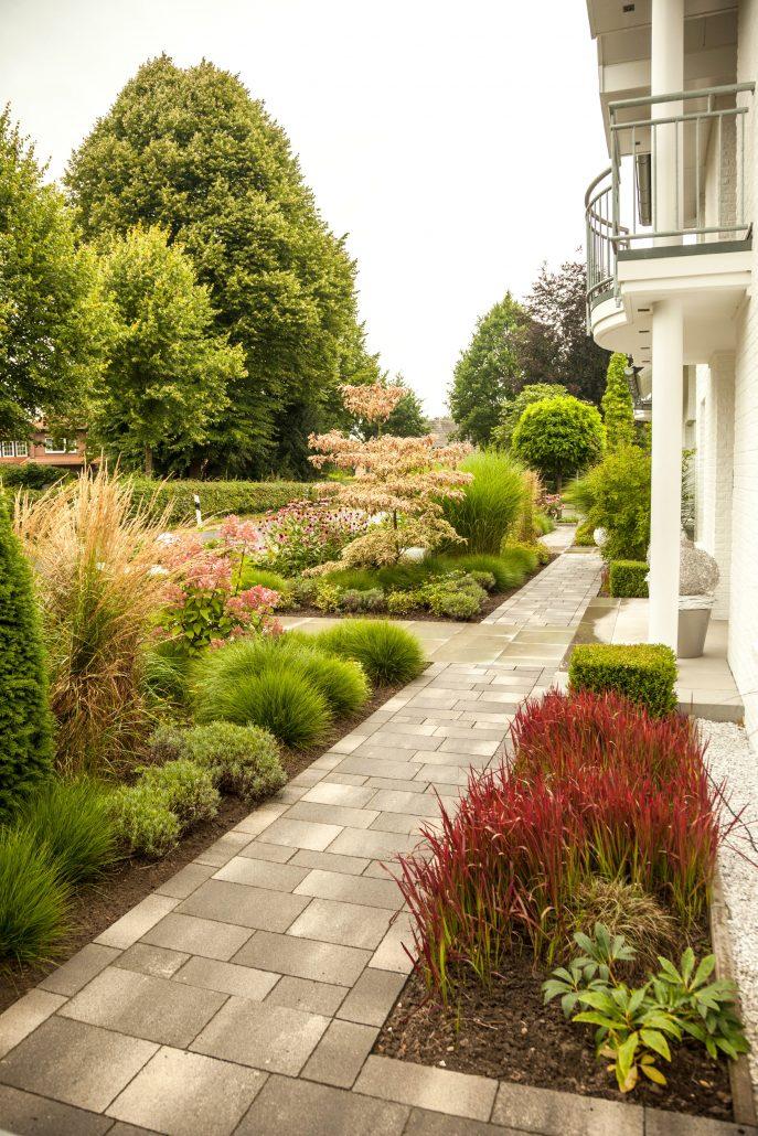 Vorgarten in Ibbenbüren mit Naturstein